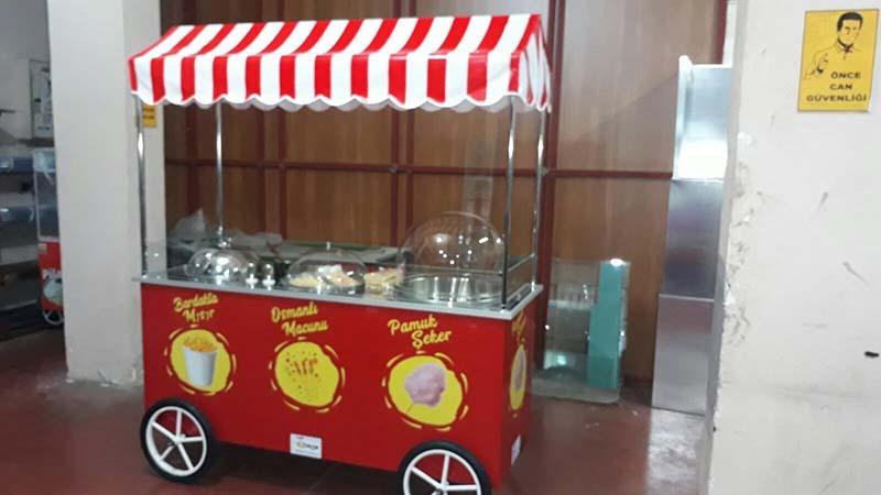 Osmanlı Macunu Pamuk Şeker Ve Bardakta Süt Mısır Arabası